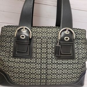 Authentic large Coach Shoulder bag